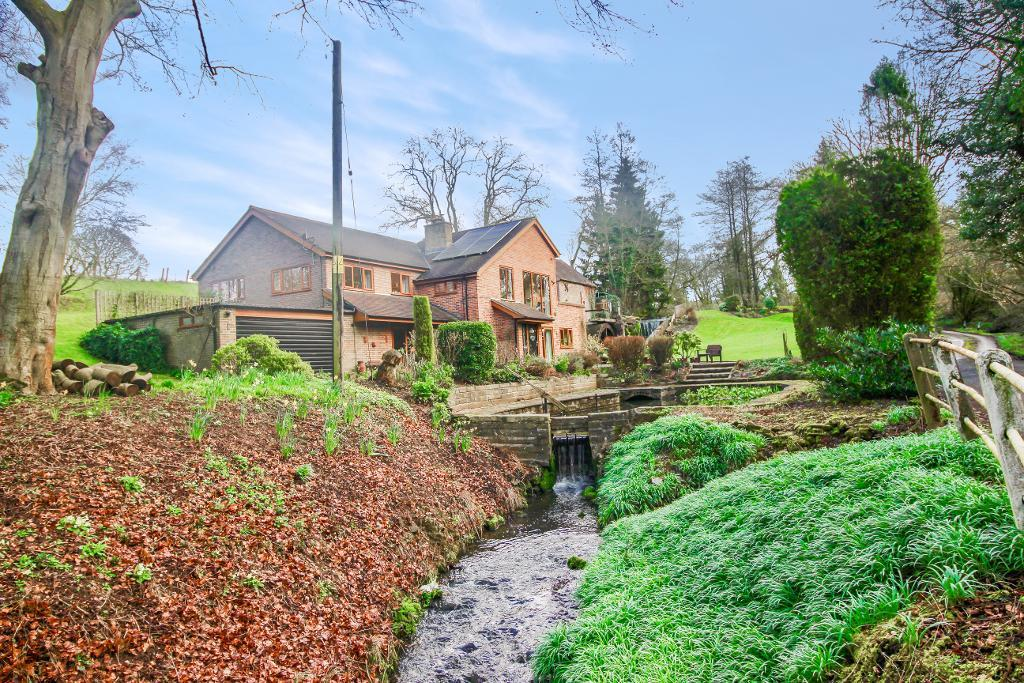4 Bedroom Detached House With Self Contained Flat For Sale
